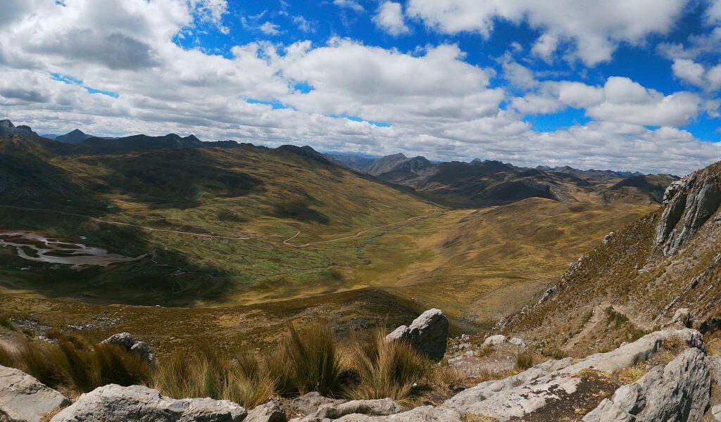 Vista de la Cordillera Raura