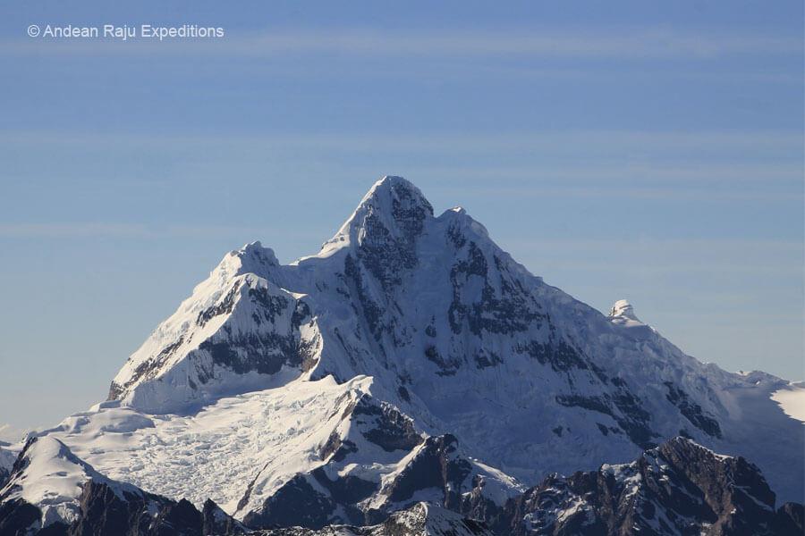 Nevado Huantsán, el K2 Andino