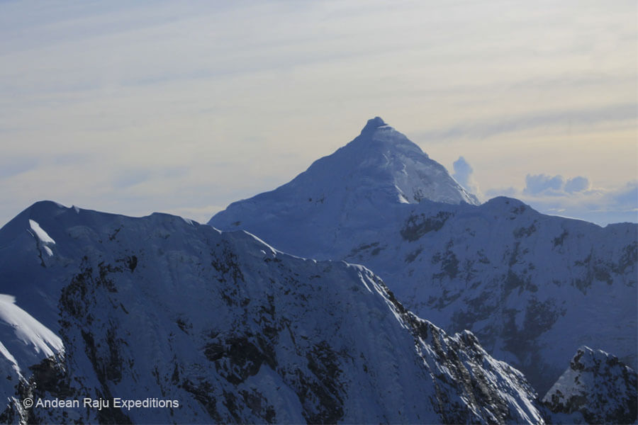 Vista del Nevado Tocllaraju