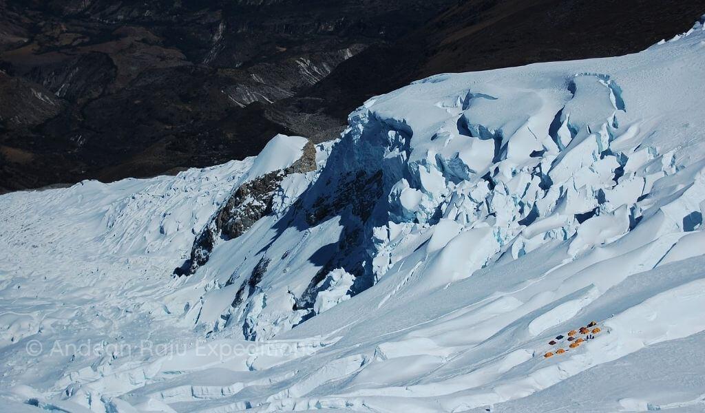 Vista del Campo Alto II, durante el descenso