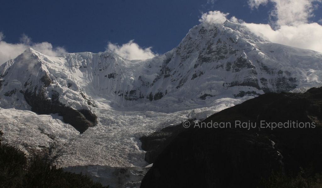 Vista del Nevado Huantsán